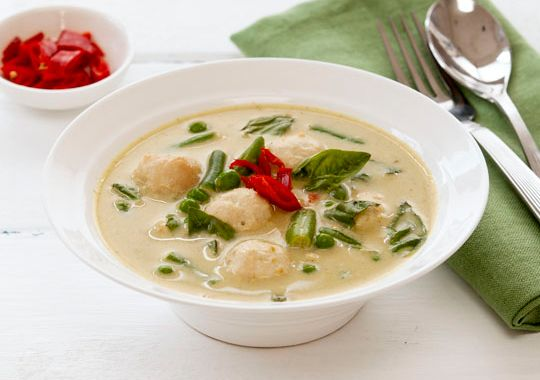 Green Curry with Chicken Balls