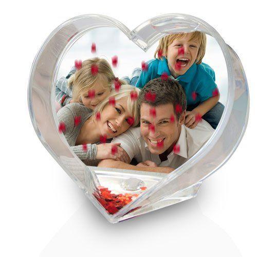 Die Herz-Schneekugel mit Foto ist ein wunderbares und liebevolles Geschenk zum Valentinstag, Hochzeitstag, Geburtstag oder Weihnachten. Mache deinen Liebsten damit eine Freude.