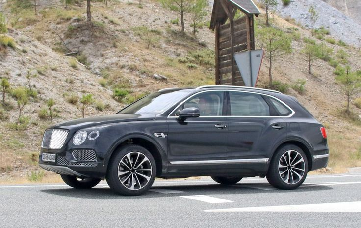 2019 Bentley Bentayga Hybrid Spy Shots