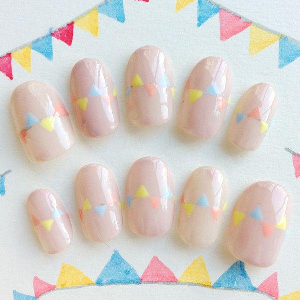 パステルベージュのフラッグネイル #nail #nails #nailart