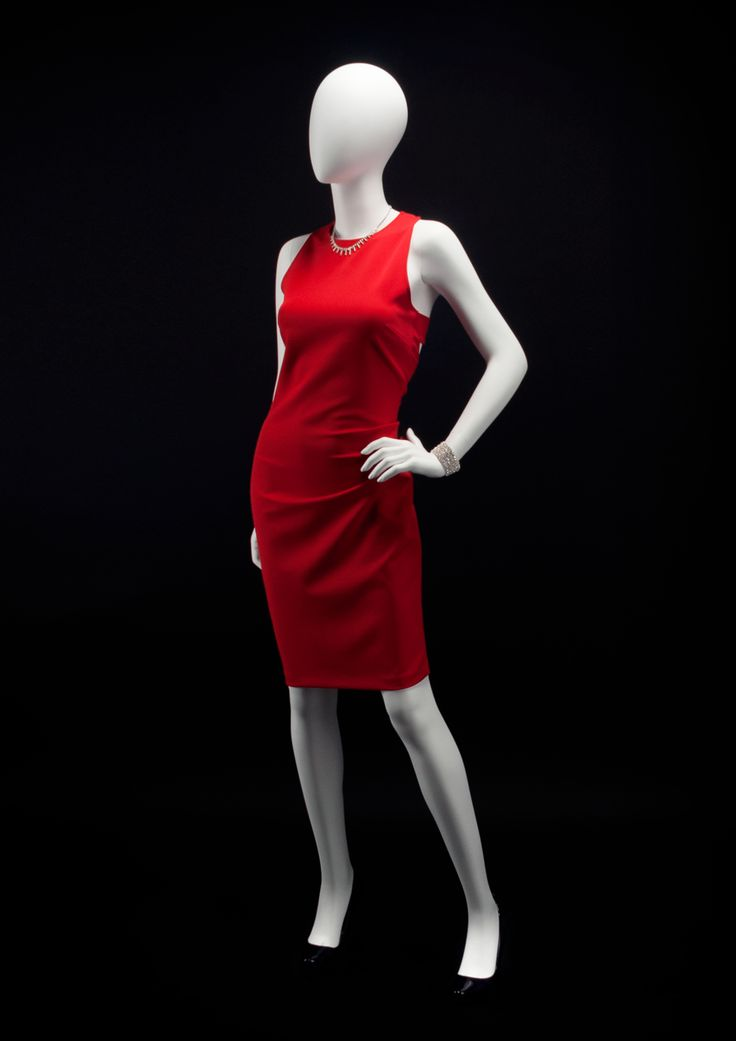 AEGON Collection by More Mannequins #FemaleMannequin #HighFashion #RedDress