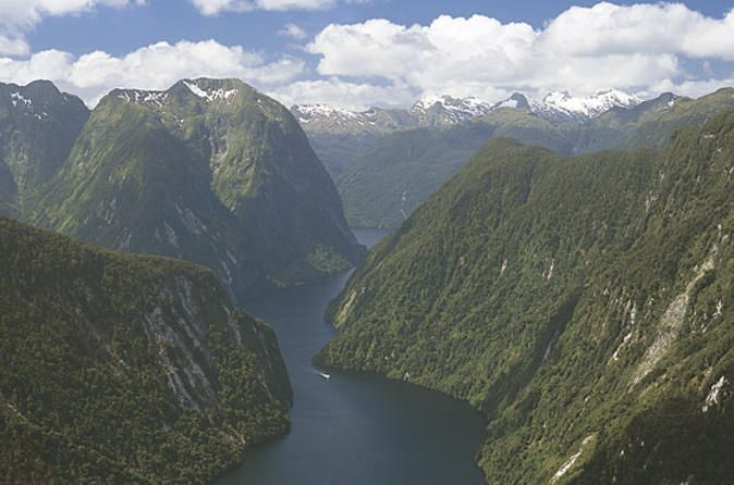 Te Anau Super Saver: Doubtful Sound Cruise plus Te Anau Glowworm Cave Tour Be amazed by the  wonders of New Zealand on this two-day Te Anau Super Saver.  First, take a wilderness cruise on Doubtful Sound where the natural beauty will leave you breathless. The following day, explore the fascinating Te Anau cave system and see the twinkling lights of the glowworms in the darkness. Both tours have expert guides who will give you insight into two of New Zealand's best natura...