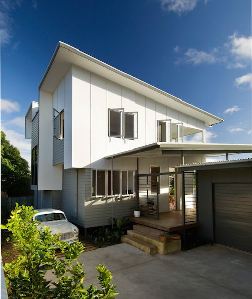 White HardieFlex™ sheet cladding on a home extension