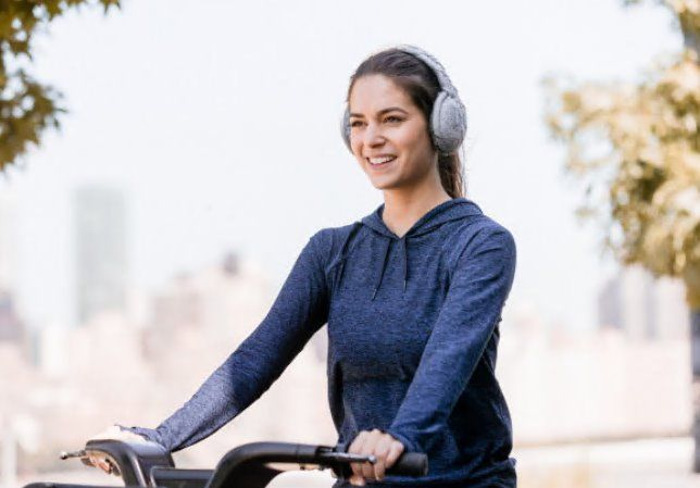 """Headphones that look good don't always sound good...but Sound Huggle - Hi-fidelity Wireless Headphone-muffs achieve both. These are micro-thermal headphone-earmuffs engineered for comfort, warmth and premium sound quality."" https://www.indiegogo.com/projects/sound-huggle-the-world-s-coziest-hi-fi-headphone-headphones-technology#/ #headphones #earmuffs #fashiontech #appareltech #wearables"
