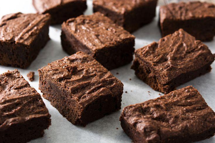 A teteje kropogós, belül ragacsos: ilyen a tökéletes brownie.