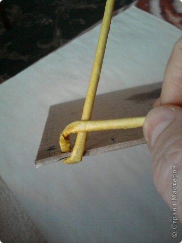 Плетение дна, новый способ. - Плетение из газетных трубочек - Поделки из бумаги - Каталог статей - Рукодел.TV