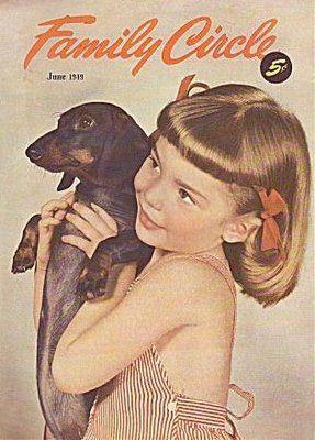 .: Little Girls, Weenie Dogs, Dachshund Belong, Circles Magazines, Vintage Dachshund, Dachshund Dog, Weiner Dogs, Wiener Dogs, Families Circles