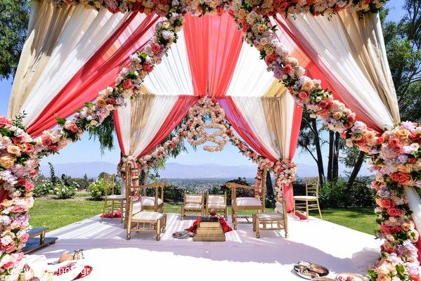 Outdoor Indian Wedding Mandap http://www.maharaniweddings.com/gallery/photo/79770