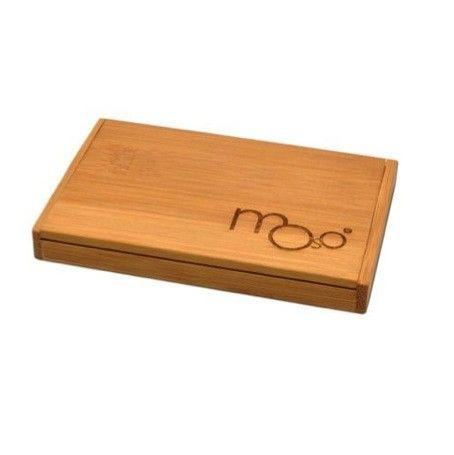 Klein doosje van #bamboe voor het bewaren van #visitekaartjes.