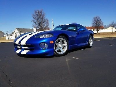 1997 Dodge Viper GTS 1997 Dodge Viper GTS Blue with White Stripes #dodgeviperblue