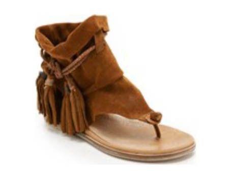 Was wäre die Damenwelt ohne ihr Faible für Schuhe? Wir finden: Nur halb so