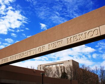 University of New Mexico Campus Sign Picture at New Mexico Lobo Photos