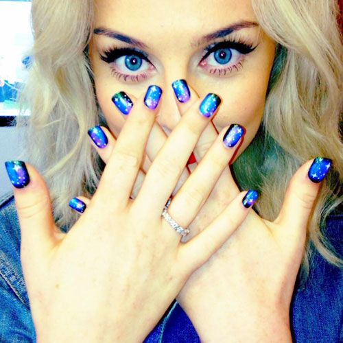 perrie-edwards-nails-galaxy
