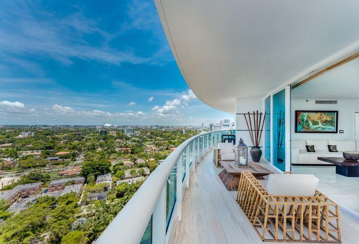 Leben Sie einen #luxuriösen und urbanen Lifestyle in dieser atemberaubenden Wohnung in #Miami. #LuxusundLifestyle http://de.luxuryestate.com/p28696061-apartment-etagenwohnung-zu-verkaufen-miami