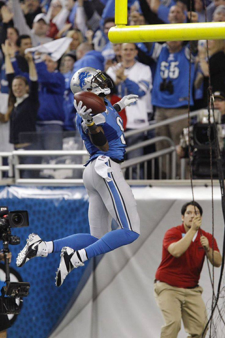 Calvin Johnson dang look at that all you dumb people he beat you