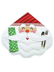 Merry Santa Place Mat & Napkin Pattern from Anniescatalog.com -- Make Christmas time extra special with a cute Santa place mat!