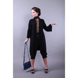 Abrigo largo negro manga ancha