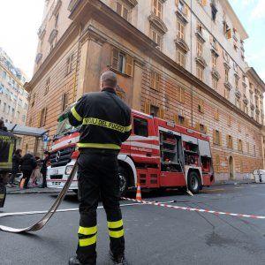 Offerte lavoro Genova  #Liguria #Genova #operatori #animatori #rappresentanti #tecnico #informatico Genova fiamme appartamento in un appartamento di via Odessa feriti una mamma e i due figli