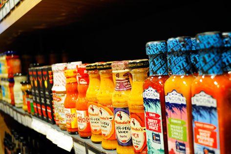 Στα ράφια του τμήματος delicatessen, στο κατάστημα Flora του αεροδρομίου, θα βρείτε απίθανες σάλτσες από τη Γαλλία, την Αγγλία, την Ιταλία, τις Η.Π.Α... Ελάτε στον παράδεισο της γεύσης!  #FloraSuperMarkets #Mykonos #delicatessen #deli