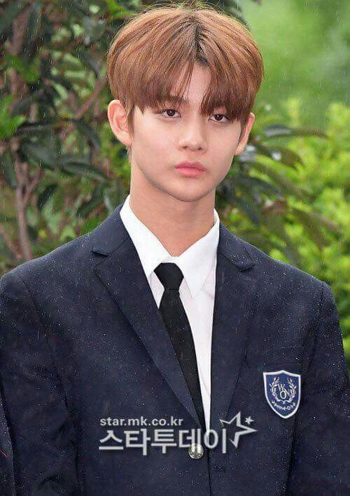 Jin Young (Happy together)