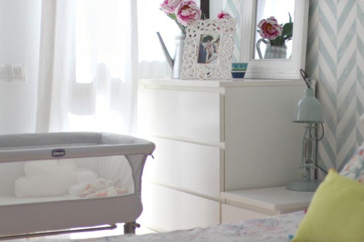 Una habitación con cuna colecho para un bebé recién nacido | el taller de las cosas bonitas