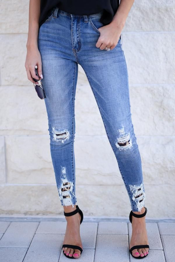 f3a0899e24d2 KAN CAN Let's Talk Leopard Skinny Jeans - Medium Wash in 2019   Closet  Candy Boutique   Fashion, Jeans, Skinny Jeans
