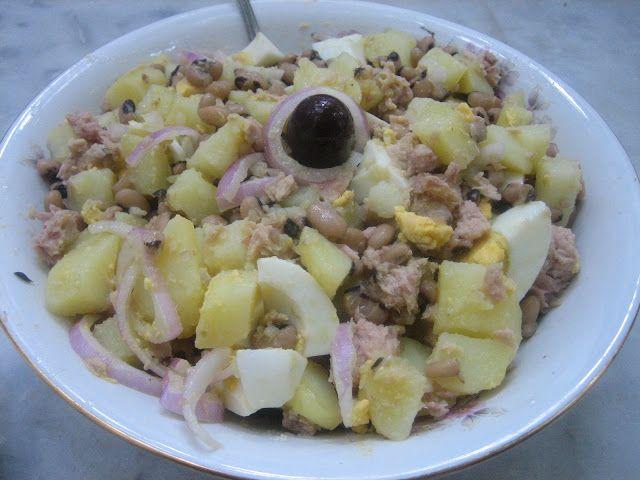 ΜΑΓΕΙΡΙΚΗ ΚΑΙ ΣΥΝΤΑΓΕΣ: Μαυρομάτικα φασόλια σαλάτα ,θεικό !!!