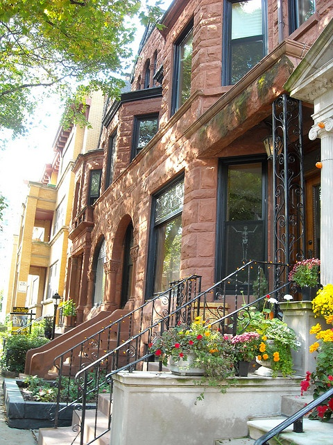 Chicago Lincoln Park brownstone- Dream Home!