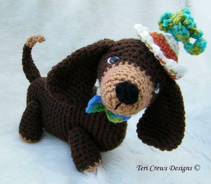 Simply Cute Dachshund Dog via Craftsy