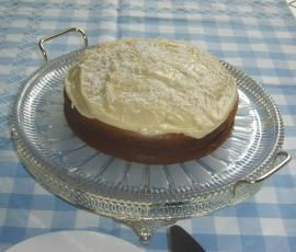 Recipe Banana Cake with Cream Cheese Frosting by ditompsett - Recipe of category Baking - sweet