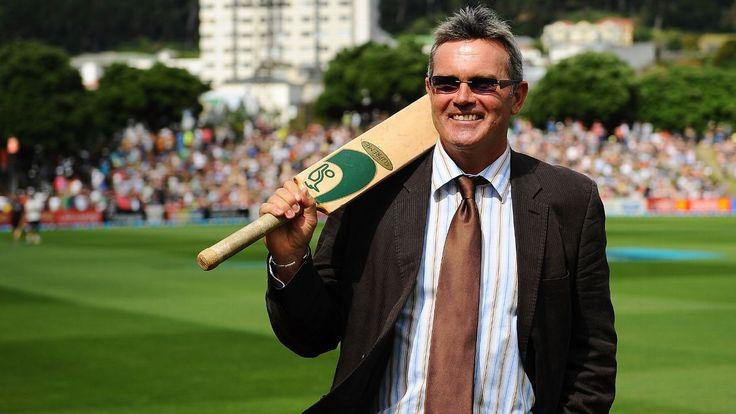 Martin Crowe dies aged 53