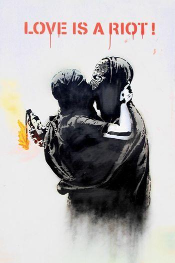 Foto: • ARTIST . GOIN •  ◦ Love is a Riot ◦ photo: Andy Hartley #streetart