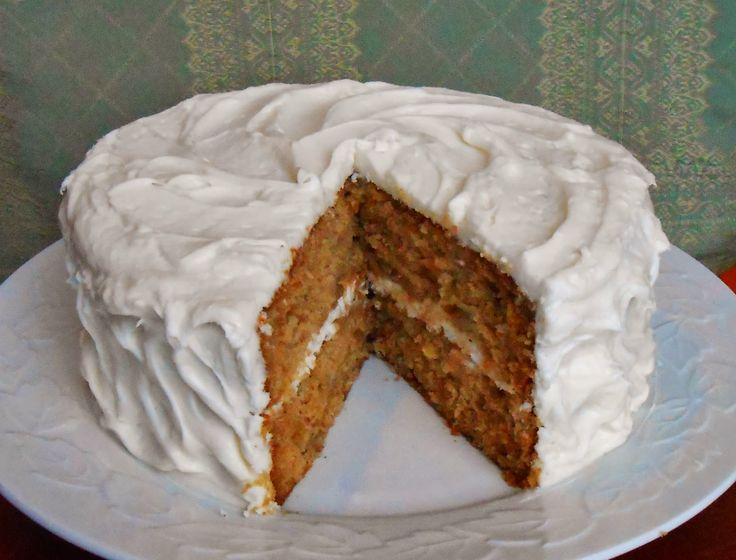 Baking Outside the Box: Recipe Review - Miss Kay's Hummingbird Cake