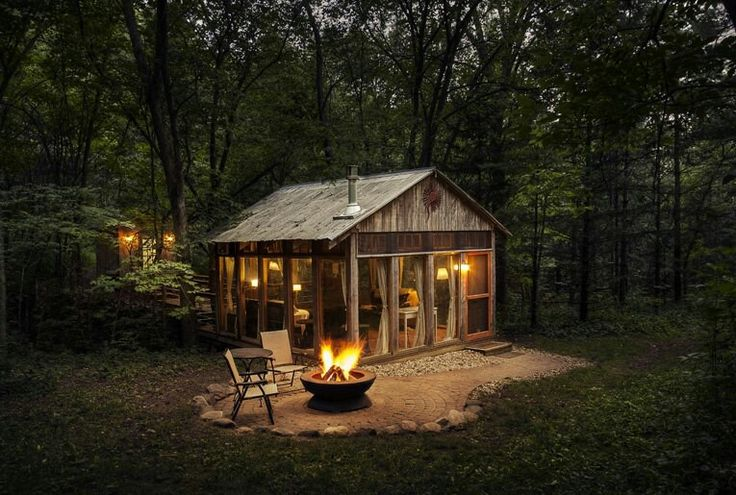 Via glamping hub vamos de picnic pinterest glamping for Tiny house with fireplace