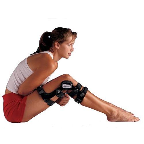 Donjoy Female Fource ACL Knee Brace   Knee Brace for Women   ACL Knee Brace