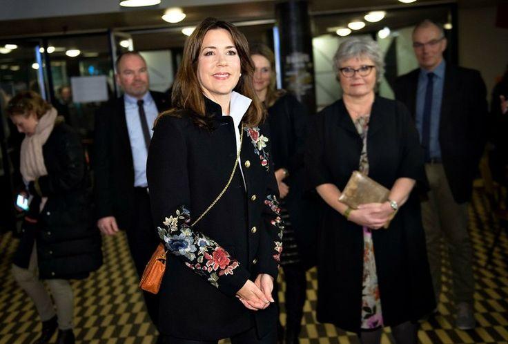 H.K.H. Kronprinsessen deltog den 8. marts 2017 i fejring af Kvindernes Internationale Kampdag i musikhuset VEGA, København. Organisationen KVINFO markerede Kvindernes Internationale Kampdag med et arrangement i VEGA, hvor der blandt andet var indslag fra skuespillere, sociologer, debattører og musikere.
