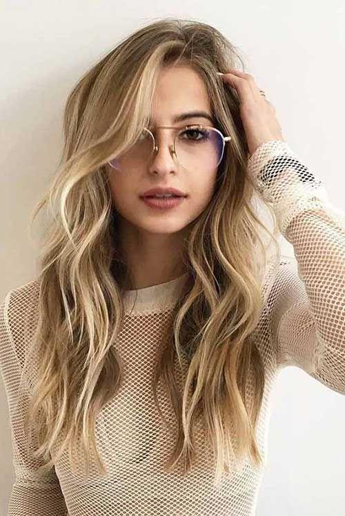 Stilvolle lange Layered Frisuren für Damen