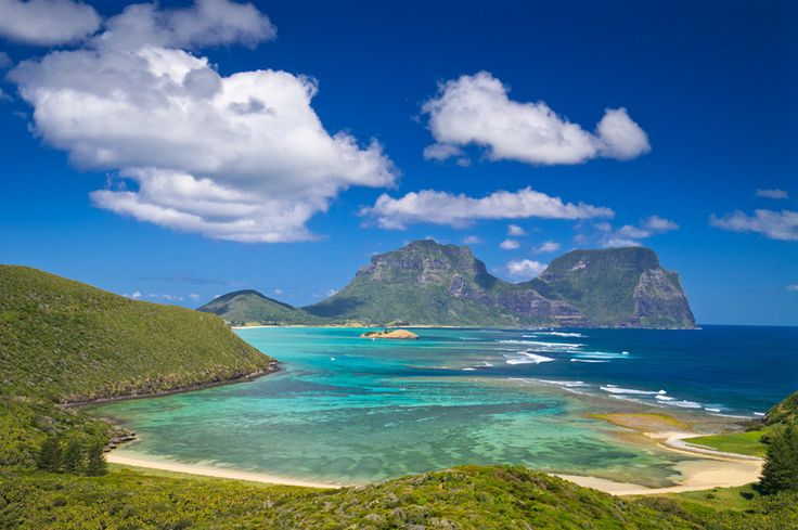 Lord Howe itself, a sub-tropical paradise 600km off the New South Wales coast? | 19 Pictures That Prove Everything You Think About Australia Is Wrong