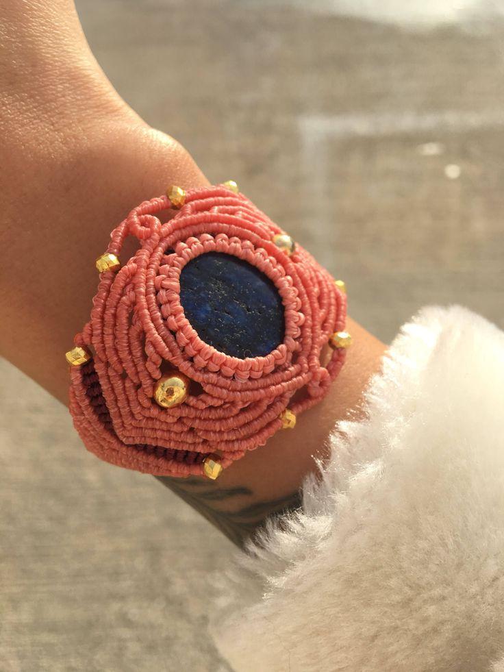 #macrame #bracelet #macramebracelet #macramedıy #lapislazuli #handmade #pink #bileklik