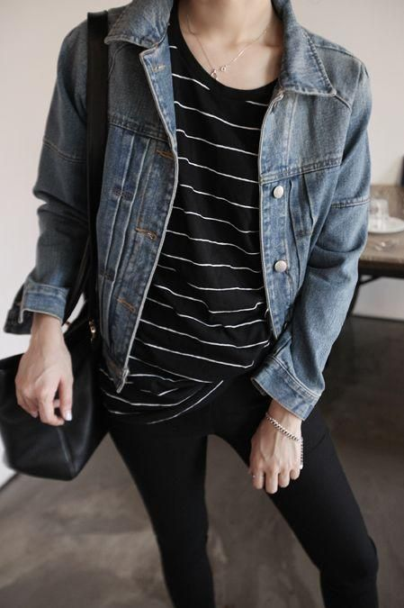 Black leggings/ skinny jeans. Black striped T-Shirt. Denim jacket. Casual outfit.