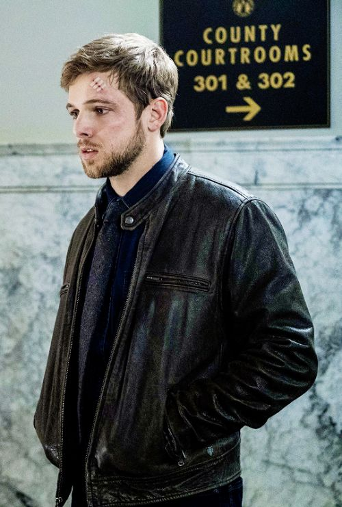 max thieriot bates motel s5e9 visiting hours