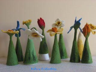 Bożena Podlasińska: Kwiaty z filcu