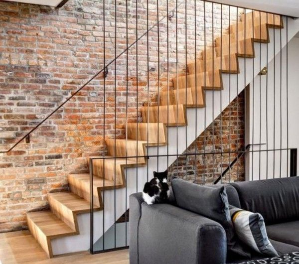 25 best ideas about escalier industriel on pinterest for Salon brique rouge
