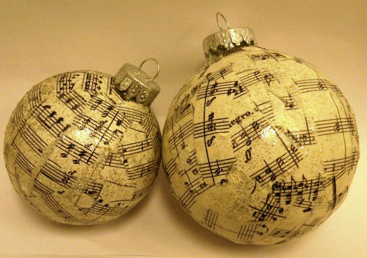 Sheet Music Ornament SM