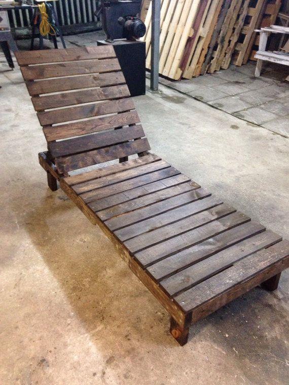 Pallet lounge chair patio furniture by reusereclaimsustain on Etsy #Palletoutdoorfurniture #Palletlounge