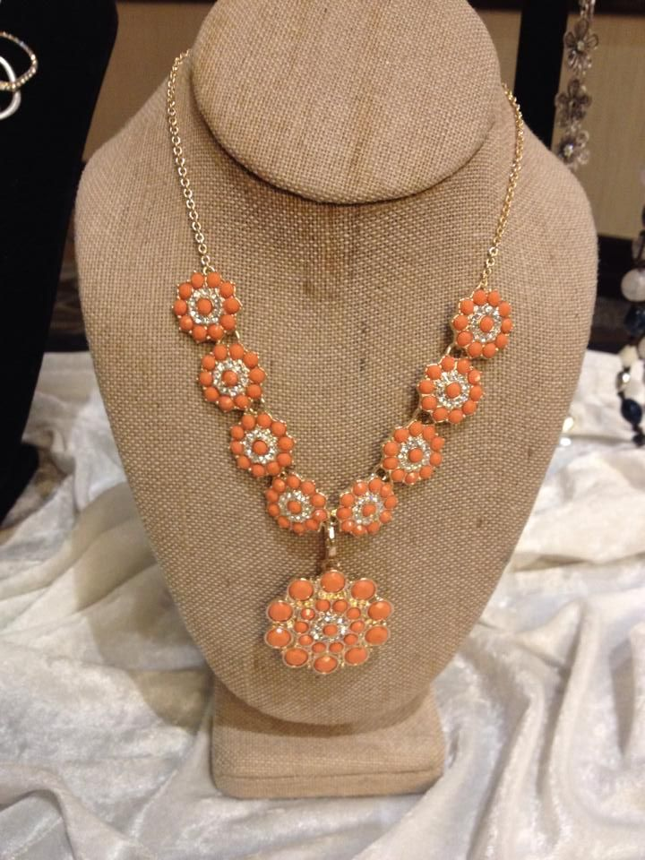 Peachy Keen!!  #PDSpring2014 Collection Wow Be a diva get this for FREE email billn9638@msn.com