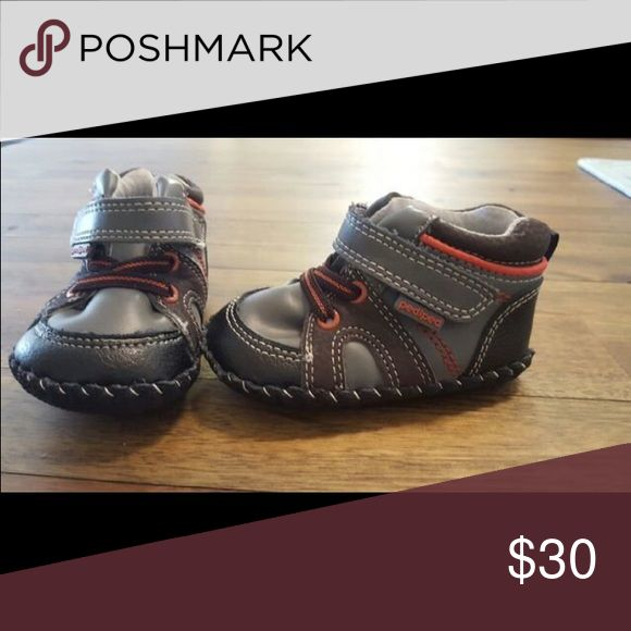 Pediped shoes These have never been worn.. they are so cute and perfect for kiddos beginning to walk. Size is 6-12 months. pediped Shoes Baby & Walker