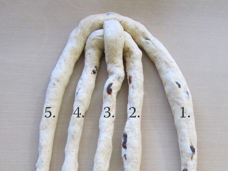Pitkon letitys viidellä säikeellä – Five-braid Long Bun Loaf