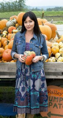 Shannen Doherty Growing the Big One[ - shannen-doherty Photo