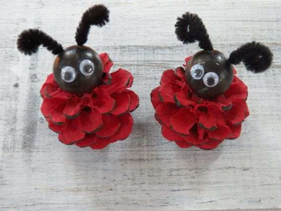 Pino cono Lady Bug ornamenti decorazione paese di 37HawthornHill